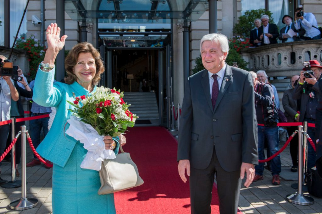 I.M. Königin Silvia von Schweden. Arbeitsbesuch in der Staatskanzlei in Wiesbaden. Foto: Thomas Lohnes / Hessische Staatskanzlei